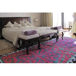red-chyndyk-carpet