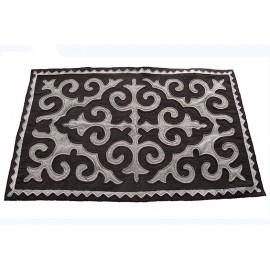 black-tullips-carpet