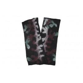 black-petrogleph-mittens