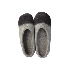 brown-point-slippers