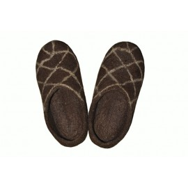felt-brown-slippers