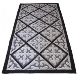 black-rombs-carpet