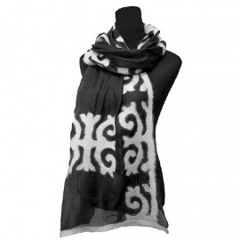 black-urban-scarf